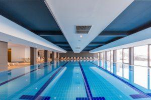 akoestiek verbeteren zwembad